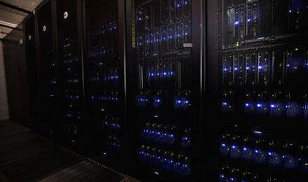 24/7/365 overvåget datacenter